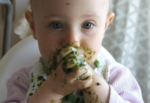 dete jede samo