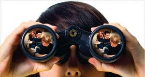 majka špijun