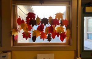 jesenji-kreativni-projekat-zavesa-lišće