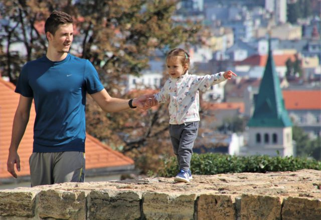 otac-i-dete-veliki-grad