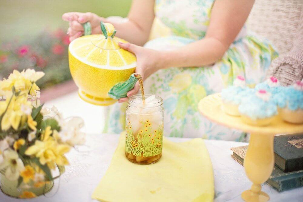 žuti-čajnik